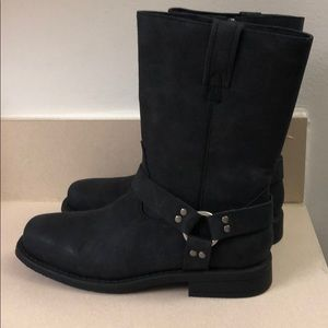 Brand New Frye Boots size 6y/7.5wmns